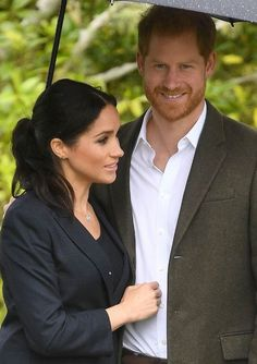 Princess Meghan, Real Princess, Nicholas Sparks, Prince Harry And Megan, Harry And Meghan, Celebrity Couples, Celebrity News, Markle Prince Harry, Princess Diana Pictures