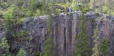 Hiidenportti National Park: The canyons of Hiidenportti are an impressive sight. Slash And Burn, Hiking Routes, Stay Overnight, Paths, Woodland, National Parks, Scenery, Nature, Landscapes