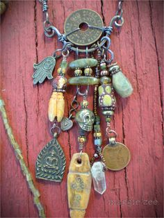 https://flic.kr/p/yGfN6A | Maggie Zee | Urban Amulets    via TitleFx