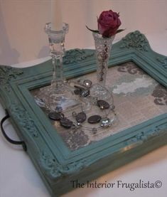 Picture Frame Tray, Picture Frame Crafts, Old Picture Frames, Old Frames, Ideas For Frames, Painted Picture Frames, Upcycled Crafts, Home Crafts, Diy Home Decor