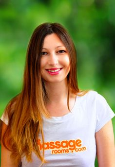Vasiliki offers professional therapeutic massages at homes and hotels in and around Hackney in Hackney, Greater London