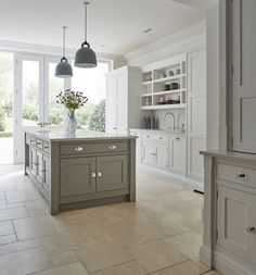 New Kitchen Cabinets, Built In Cabinets, Painting Kitchen Cabinets, Kitchen Layout, Kitchen Decor, Kitchen Ideas, Soapstone Kitchen, Kitchen Tips, Kitchen Countertops