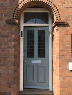 Victorian front door refurb job in Farrow & Ball Oval Room Blue with Pointings on the frame. #frontdoor #outsidedoor #door #paint #farrowandball #ovalroomblue #pointings