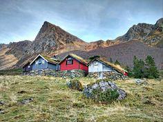Steinstøylen i Romedalen, Ørsta i Møre og Romsdal   - Overgaard