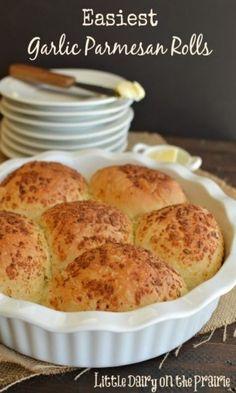 Easiest Garlic Parmesan Rolls. EASIEST!
