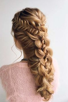 Half Up Half Down Prom Hairstyles to Look Amazing picture1