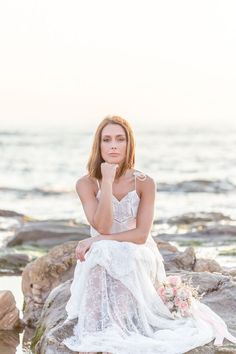 A romantic beach styled shoot in Portugal with the most beautiful sunset and scenery Beach Wedding Attire, Beach Weddings, Wedding Dresses, Fashion Photography Poses, Portrait Photography, Beautiful Sunset, Most Beautiful, Beach Gowns, Romantic Beach