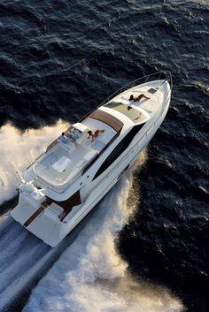 External view Ferretti Yachts - Ferretti 530 #yacht #luxury #ferretti