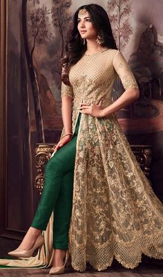 Looking to buy Anarkali online? ✓ Buy the latest designer Anarkali suits at Lashkaraa, with a variety of long Anarkali suits, party wear & Anarkali dresses! Shadi Dresses, Indian Gowns Dresses, Pakistani Dresses, Bridal Anarkali Suits, Salwar Suits, Anarkali Lehenga, Indian Anarkali, Eid Dresses, Designer Salwar Kameez
