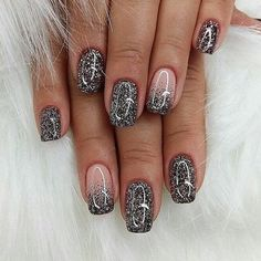 Amazing nails, yay or nay? 😍 Tag your friends🎎 ____________________ Follow @fashionzgeek Follow @fashionzgeek Follow @fashionzgeek . • • •…