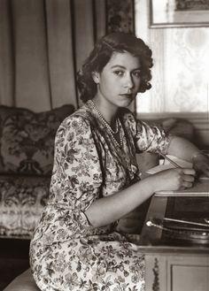 The Queen, ca. 1944