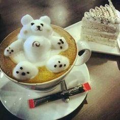 Creative Latte and Coffee Art Designs Coffee Latte Art, I Love Coffee, Coffee Break, Coffee Time, Coffee Recipes, Wine Recipes, Keto Recipes, Coffee World, Good Food