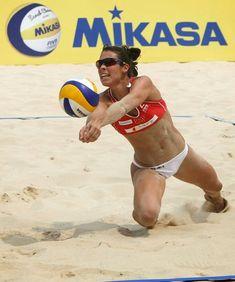 #Mikasa siempre presente en los mejores eventos de Voleibol