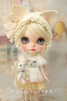 Custom Blythe Dolls: Asterisk White Cat Custom Blythe - A Rinkya Blog