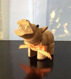 Champagne-cork Hippo