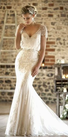 Brides dress. Brides want to find themselves having the perfect wedding, however for this they require the best bridal dress, with the bridesmaid's outfits enhancing the wedding brides dress. These are a few suggestions on wedding dresses.