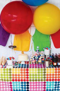Pintura brillante y colorido de la fiesta de cumpleaños