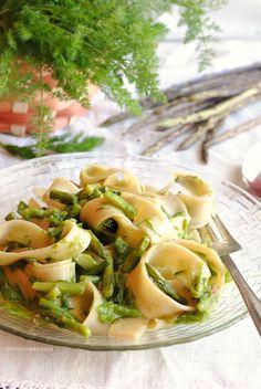 Pappardelle con asparagi e finocchietti