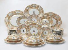 Servico de jantar em porcelana Inglesa do inicio do sec.19th, 1810, 22,850 USD / 20,540 EUROS / 91,230 REAIS / 149,145 CHINESE YUAN soulcariocantiques.tictail.com