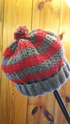 Bonnet au point de sable pas à pas Plus Loom Knit Hat, Loom Knitting, Baby Knitting, Knitted Hats, Knitting Patterns, Bonnet Hat, Beret, Winter Hats, Couture