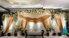 Reception Stage Decor, Wedding Backdrop Design, Wedding Stage Design, Wedding Reception Backdrop, Table Wedding, Wedding Designs, Wedding Venues, Tulle Wedding Decorations, Backdrop Decorations