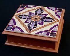 Resultado de imagen para cajas de madera decoradas con venecitas