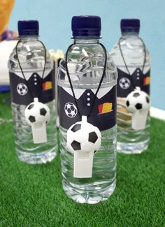 Download our free football water bottle printables to complete your football party! An easy football party idea - simply print them out and stick them onto your water bottles. Ideal for a kids' birthday party.