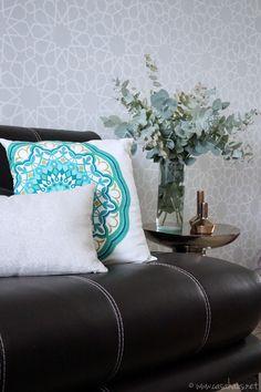 Our Moroccan inspired living room // Nuestra sala de inspiración marroquí // Casa Haus Decor Inspiration, Decor Ideas, First Home, Bed Pillows, Pillow Cases, Ottoman, Chair, House Styles, Google