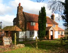 Old Cottage in Crawley, West Sussex, England jigsaw puzzle