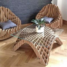 Cardboard furniture is a furniture designed to be made from corrugated fiberboard, heavy paperboard, or fiber tubes. Recycling old pieces . Cardboard Chair, Diy Cardboard Furniture, Cardboard Design, Cardboard Crafts, Plywood Furniture, Unique Furniture, Furniture Making, Diy Furniture, Furniture Design
