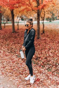 casual gym outfit for women. workout outfits for women gym. Nike Outfits, Womens Workout Outfits, Sport Outfits, Fitness Outfits, Athleisure Trend, Athleisure Outfits, Catsuit, Looks Academia, Gym Clothes Women