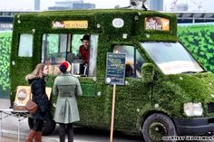 London's food truck scene is taking off, and as part of that, the Bowler is bringing gourmet meatballs to the masses. Food Truck Design, Food Design, Cafe Design, Store Design, Food Trucks, Foodtrucks Ideas, Coffee Van, Coffee Shop, Food Truck Business