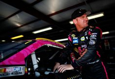 Clint Bowyer - NASCAR Sprint Cup Pictures - CBSSports.com