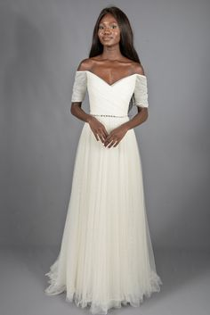 6c1d07d0e38 Designer Gowns Without the Wait or Drama