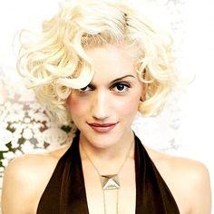 "8 Likes, 1 Comments - Gwen Stefani  (@rocksteadyxgwen) on Instagram: ""2004  #gwenstefani"""