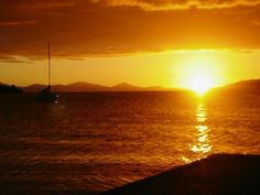 Sent to us by ZOE who describes this photo as a Sunset Over Lake Taupo NZ make sure to visit www.slrhut.co.uk for the best price on your next camera