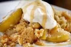 Smuldrepai med eple Pudding Desserts, No Bake Desserts, Pie Crumble, Norwegian Food, Scandinavian Food, Sweet Cakes, Pavlova, Something Sweet, Food Inspiration