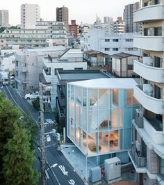 what a great apartment.. i want to go to japan