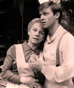 """The Waltons""   Do you know John-Boy from Jim-Bob? Test your ""Waltons"" smarts with our quiz!"