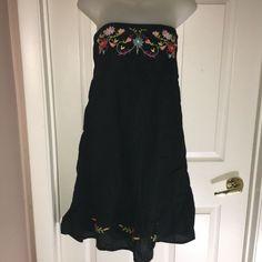 OCEAN BREEZE L JR DRESS STRAPLESS EMBROIDERED COTTON BEACH COVER BLACK FLORAL #Beach #STRAPLESS #BEACH Ebay Dresses, Cotton Dresses, Beach Covers, Junior Dresses, Summer Dresses, Formal Dresses, Breeze, Stretches, Jr