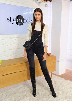 Taylor Hill Photos Photos - Taylor Hill appears on Amazon's Style Code Live on December 2, 2016 in New York City. - Taylor Hill Appears On Amazon's Style Code Live
