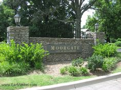 Moorgate Louisville KY 40223 Houses for sale are off Shelbyville Rd at N Chadwick Rd, close to Hurstbourne Pkwy. See a list of homes for sale in the Moorgate neighborhood, visit http://www.shoplouisvillekyhomesforsale.com/property-search/list/?searchid=1076809