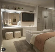 Cozy suite with panel that accommodates the TV and the led mirror. Cozy suite with panel that accommodates the TV and the led mirror. Room Design Bedroom, Girl Bedroom Designs, Room Ideas Bedroom, Home Room Design, Home Decor Bedroom, Ikea Bedroom, Bedroom Furniture, Big Bedrooms, Stylish Bedroom