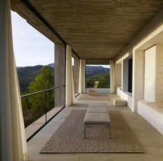 Solo House, Spain