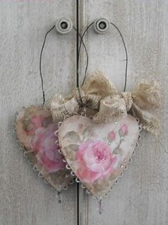 Sweet Rose Hearts on Wire~❥