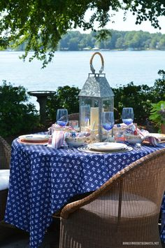 Lakeside Nautical Table And National Lighthouse Day |  Homeiswheretheboatis.net