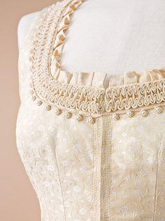 Bixby would be enchanted by this beautiful bodice/  Aktuelle Hochzeits-Kollektion von Gössl - Gössl Trachten aus Salzburg