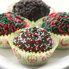 Holiday Cookies, Holiday Treats, Holiday Recipes, Christmas Recipes, Christmas Dinners, Holiday Appetizers, Holiday Foods, Holiday Desserts, Bourbon Balls