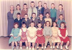 Class Pictures, School Pictures, Best Memories, Childhood Memories, School Daze, Vintage School, The Good Old Days, Vintage Colors, Kids Wear
