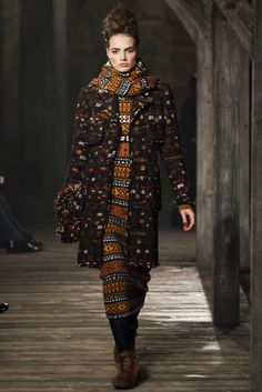 Chanel Pre-Fall 2013 - Collection - Gallery - Style.com